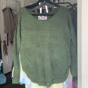 Army Green Nations LS top. ONE SIZE💓